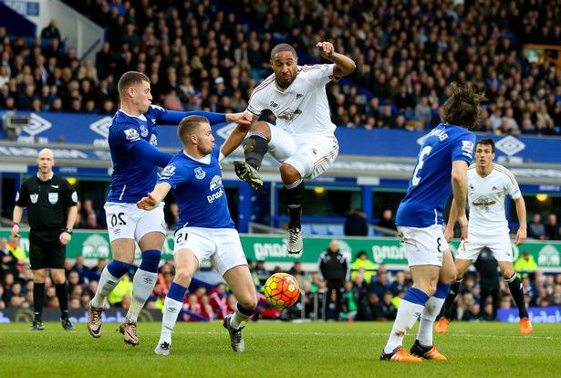 everton vs swansea